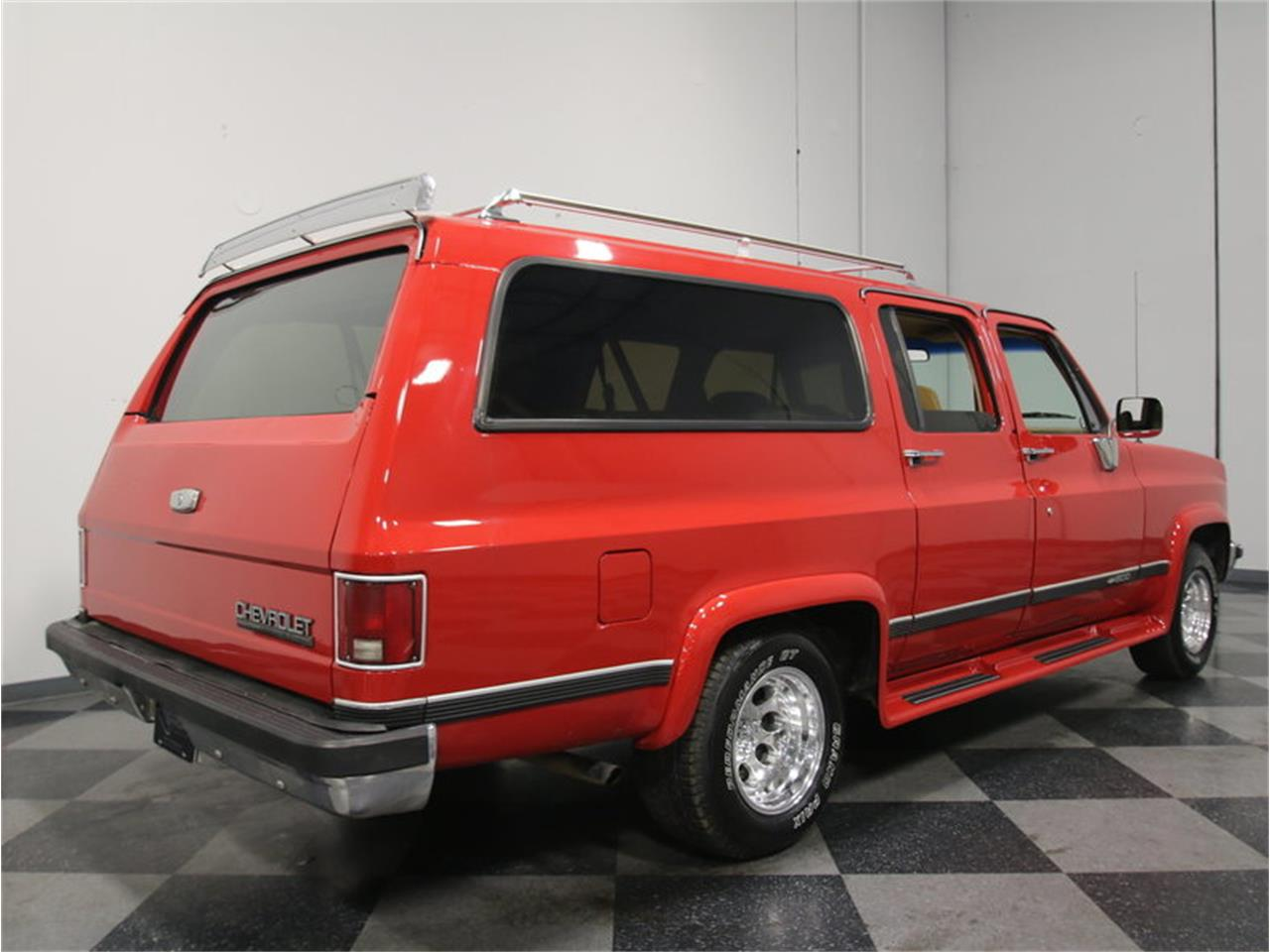 Large Picture of 1985 Suburban Offered by Streetside Classics - Atlanta - KIU1