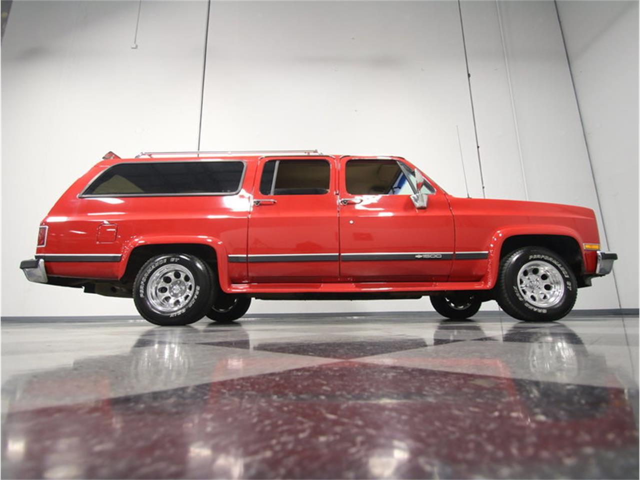 Large Picture of 1985 Suburban located in Lithia Springs Georgia - $11,995.00 Offered by Streetside Classics - Atlanta - KIU1