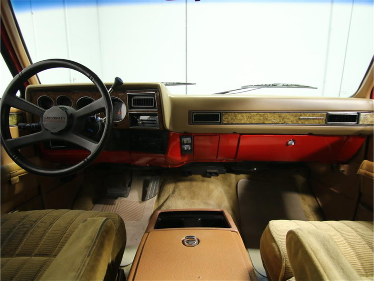 Large Picture of '85 Chevrolet Suburban located in Lithia Springs Georgia - $11,995.00 Offered by Streetside Classics - Atlanta - KIU1