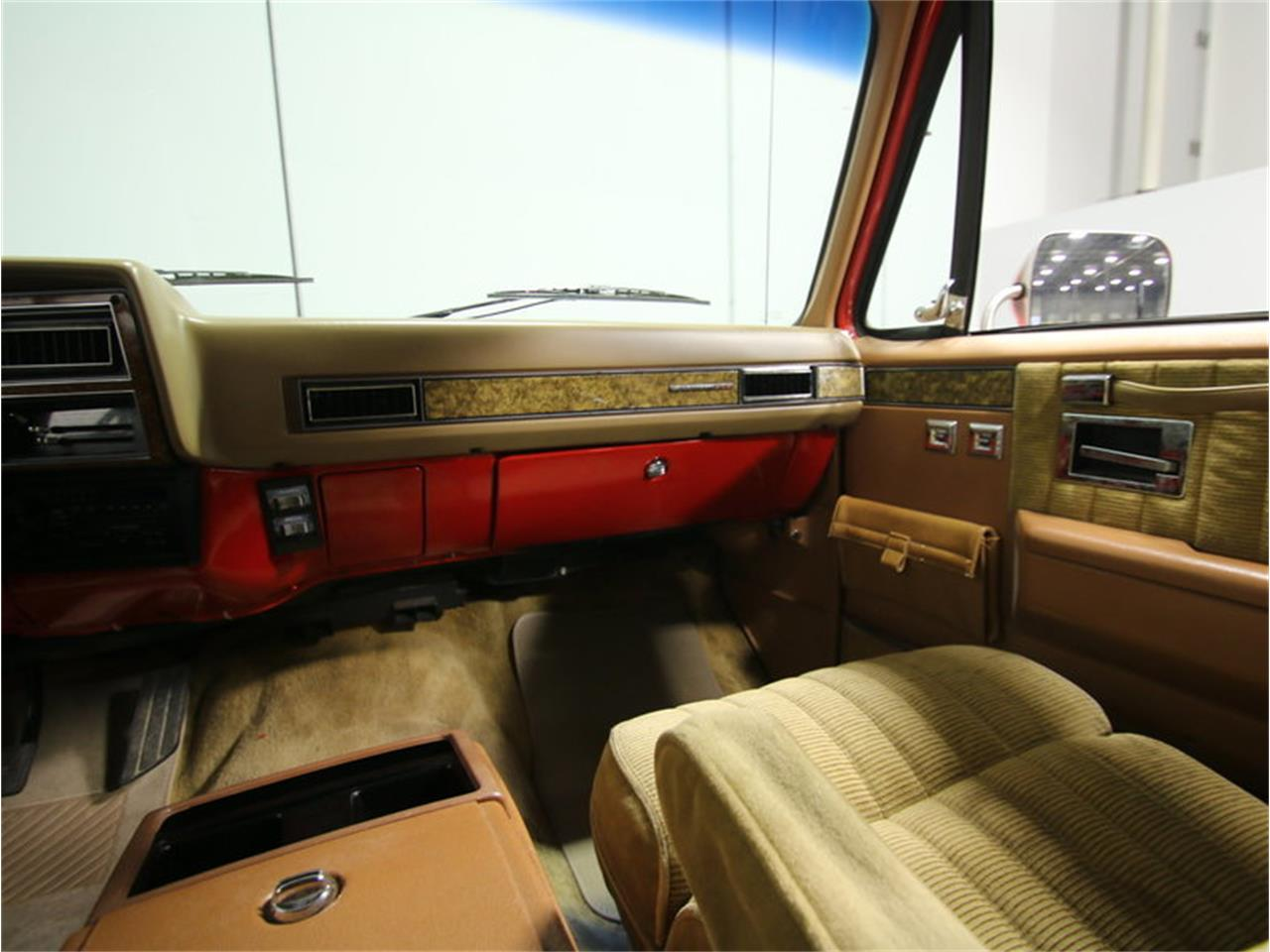 Large Picture of '85 Chevrolet Suburban - $11,995.00 Offered by Streetside Classics - Atlanta - KIU1