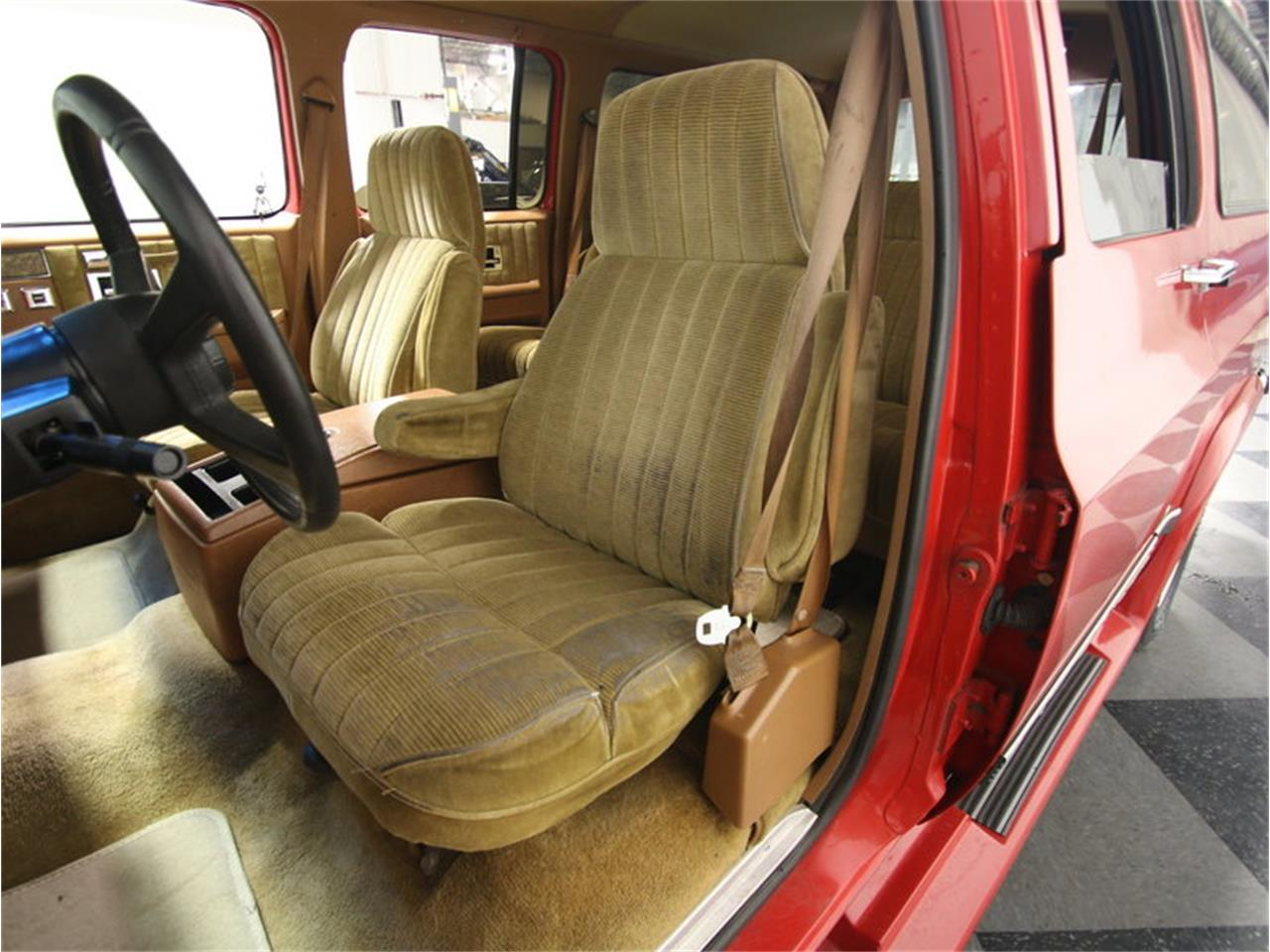 Large Picture of '85 Suburban Offered by Streetside Classics - Atlanta - KIU1