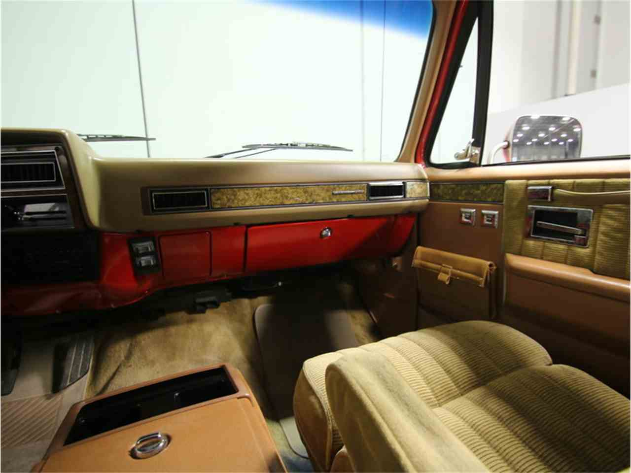 Large Picture of 1985 Chevrolet Suburban located in Georgia - $11,995.00 Offered by Streetside Classics - Atlanta - KIU1