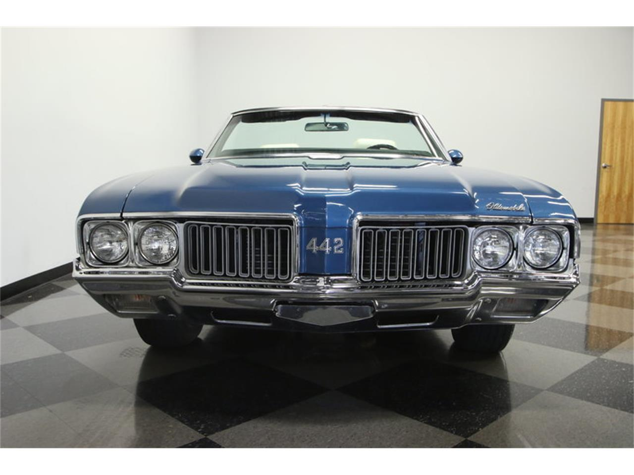 Large Picture of 1970 Oldsmobile Cutlass located in Florida - $39,995.00 Offered by Streetside Classics - Tampa - KIZH