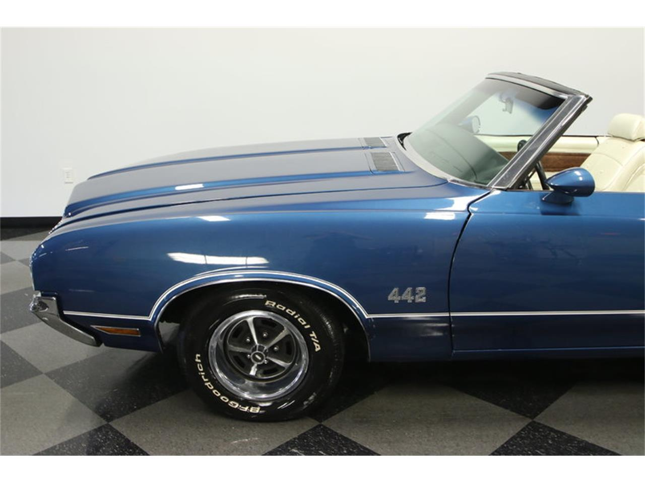 Large Picture of 1970 Cutlass located in Lutz Florida - KIZH