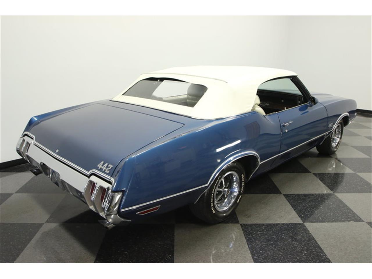 Large Picture of Classic '70 Oldsmobile Cutlass - $39,995.00 - KIZH