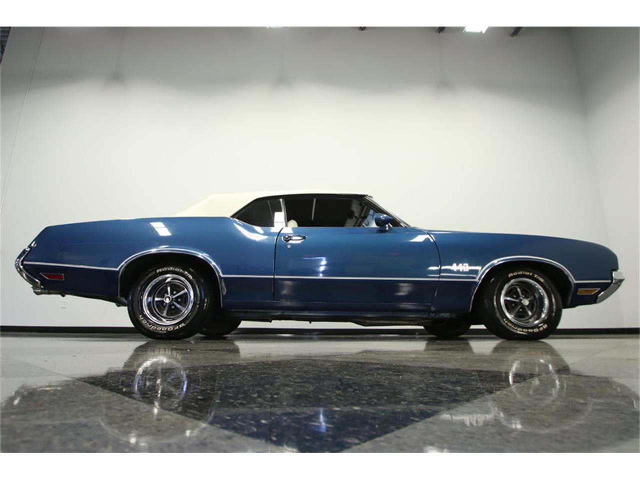 Large Picture of Classic '70 Cutlass located in Florida Offered by Streetside Classics - Tampa - KIZH