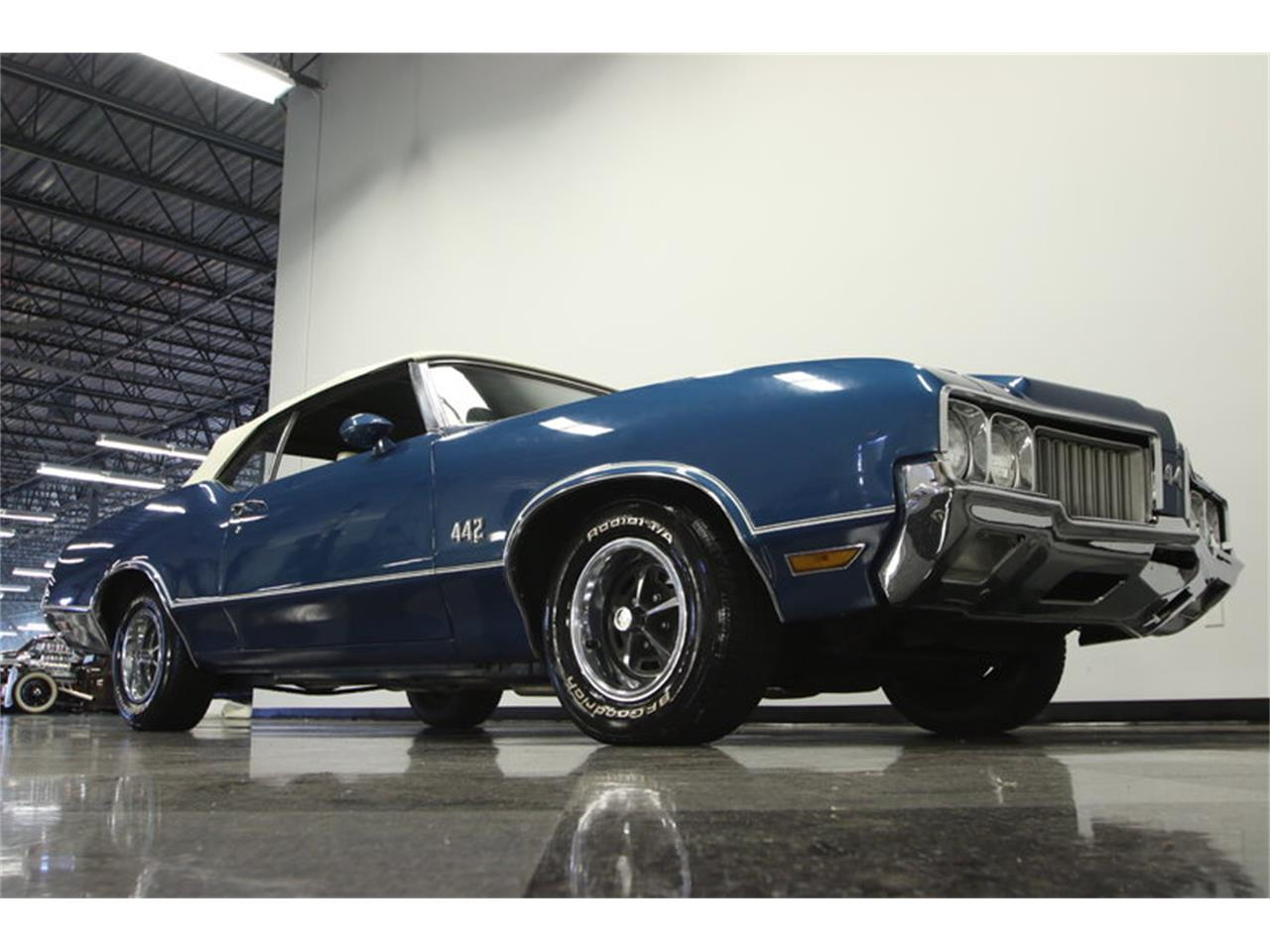Large Picture of 1970 Oldsmobile Cutlass - KIZH