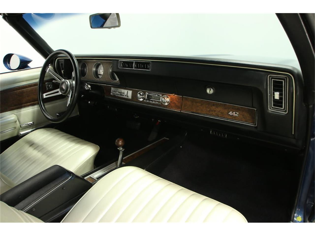 Large Picture of Classic 1970 Oldsmobile Cutlass located in Florida - $39,995.00 Offered by Streetside Classics - Tampa - KIZH