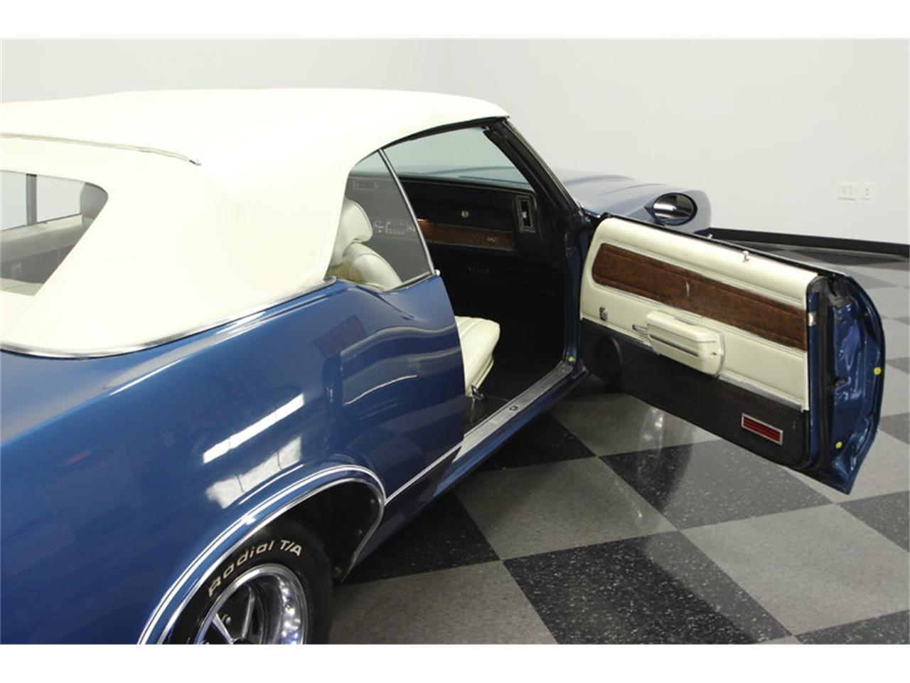 Large Picture of Classic '70 Oldsmobile Cutlass located in Florida - KIZH