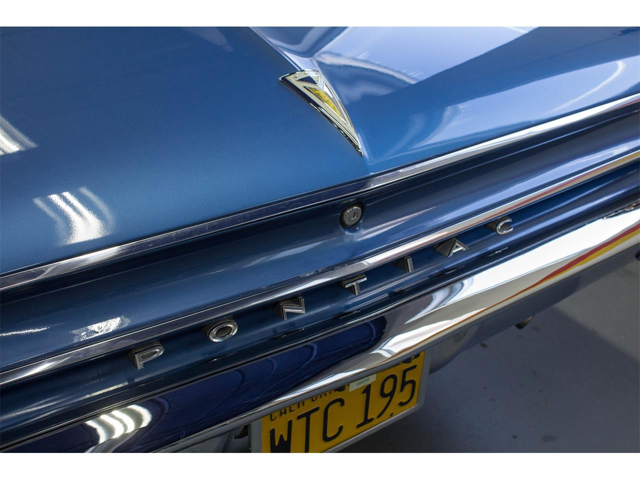 Large Picture of '62 Catalina - KIZN