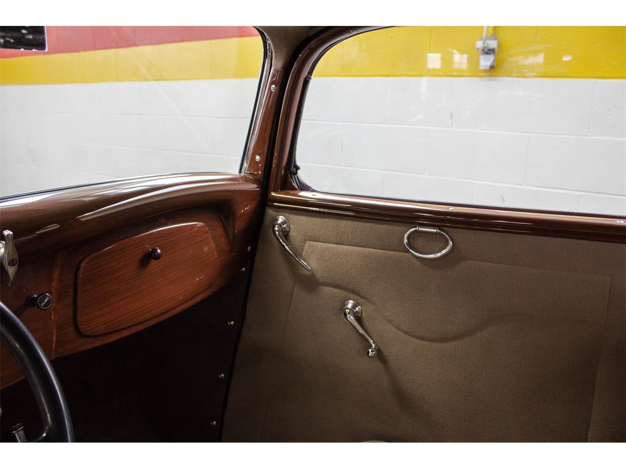 Large Picture of 1933 Hot Rod located in Montreal Quebec Offered by John Scotti Classic Cars - KJ00