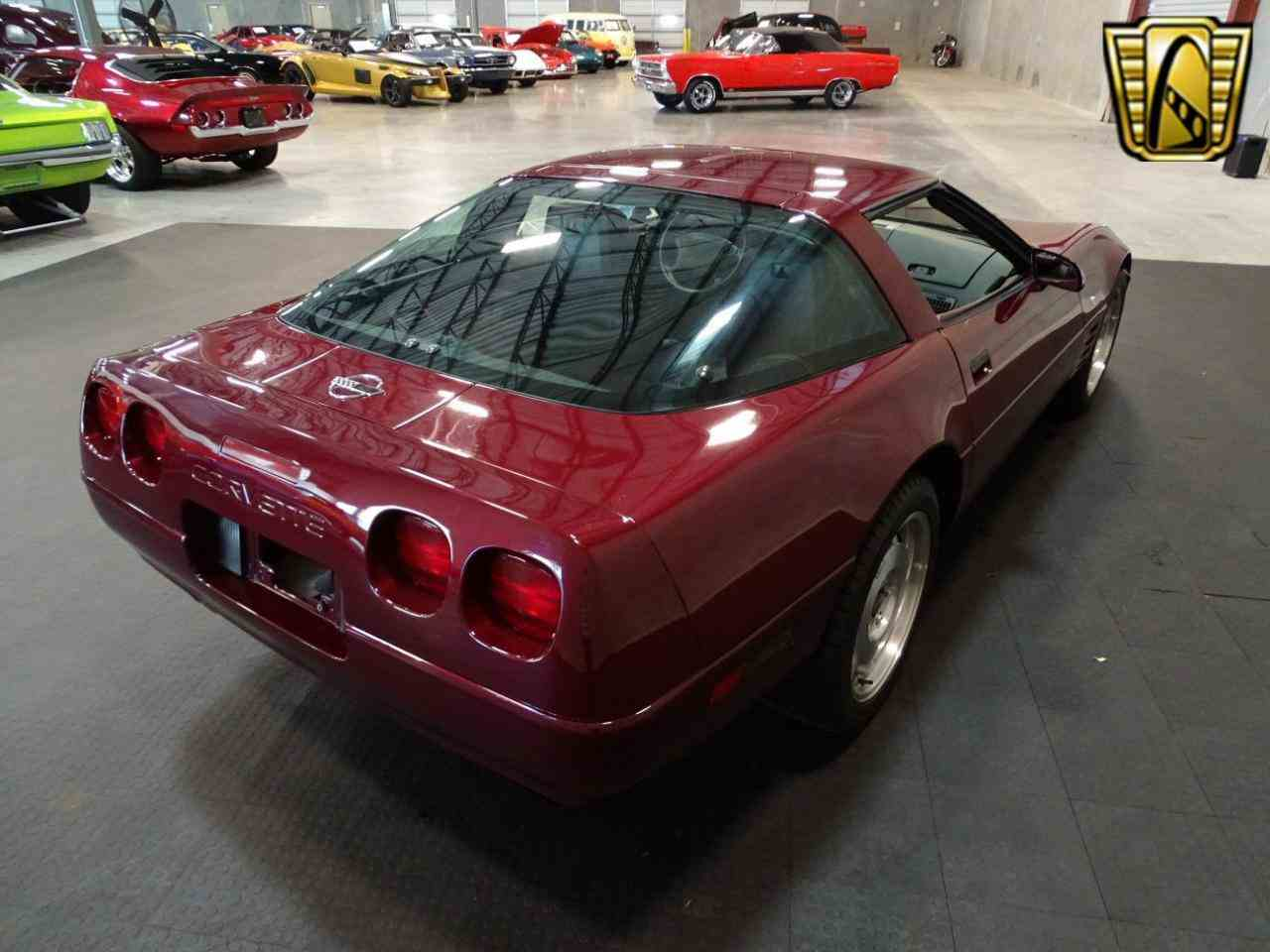 Large Picture of '93 Corvette located in Ruskin Florida - KDMF