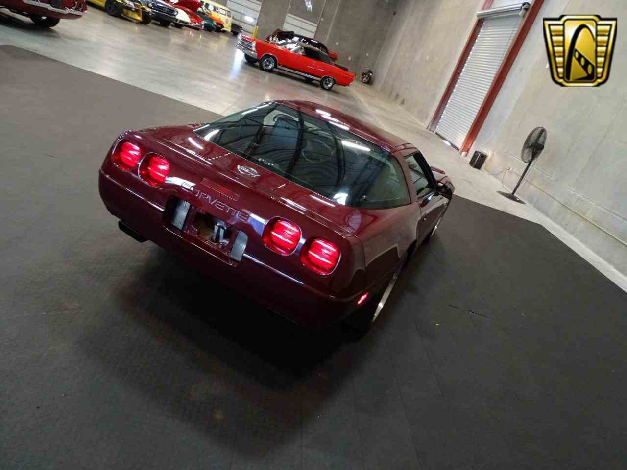 Large Picture of '93 Chevrolet Corvette located in Florida - $17,995.00 Offered by Gateway Classic Cars - Tampa - KDMF