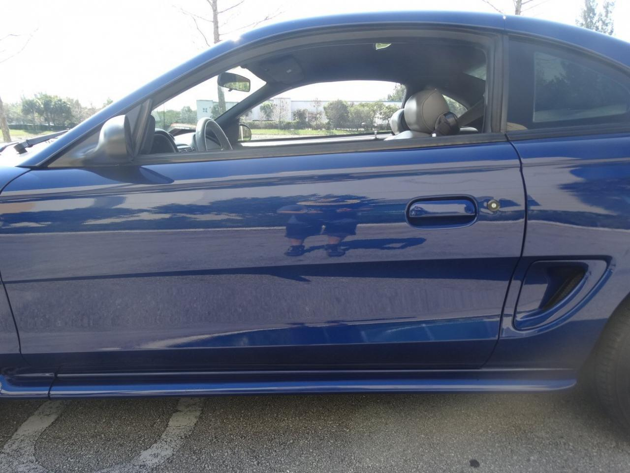 Large Picture of '96 Ford Mustang - $9,995.00 - KJ79