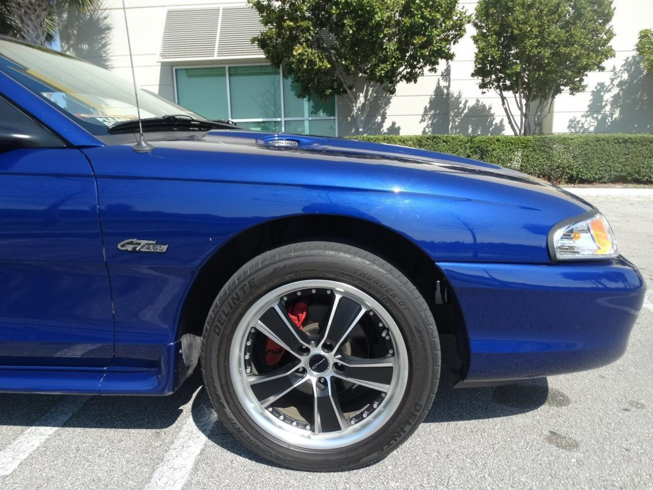 Large Picture of 1996 Ford Mustang - KJ79