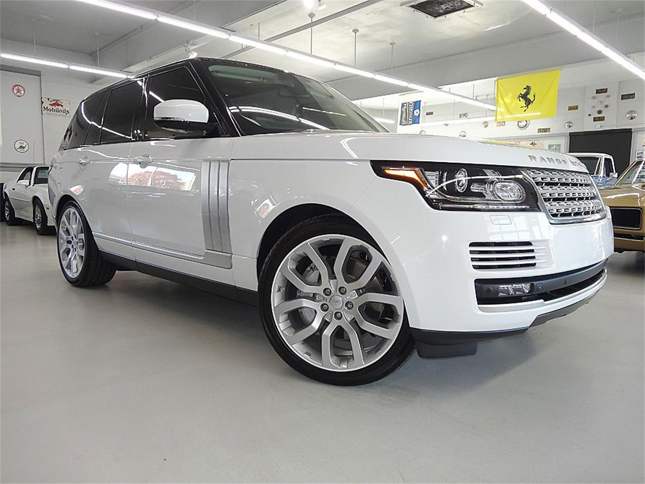 Large Picture of 2014 RANGE ROVER SUPERCHARGED located in Bettendorf Iowa - KJBX