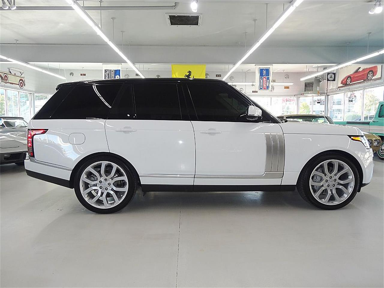 Large Picture of '14 Land Rover RANGE ROVER SUPERCHARGED located in Iowa - $80,900.00 - KJBX