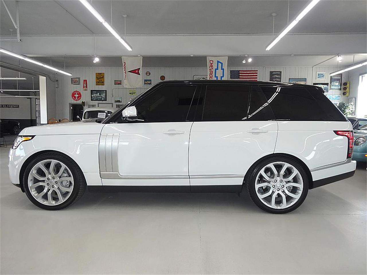 Large Picture of 2014 Land Rover RANGE ROVER SUPERCHARGED located in Iowa Offered by Veit's Vettes And Collector Cars - KJBX