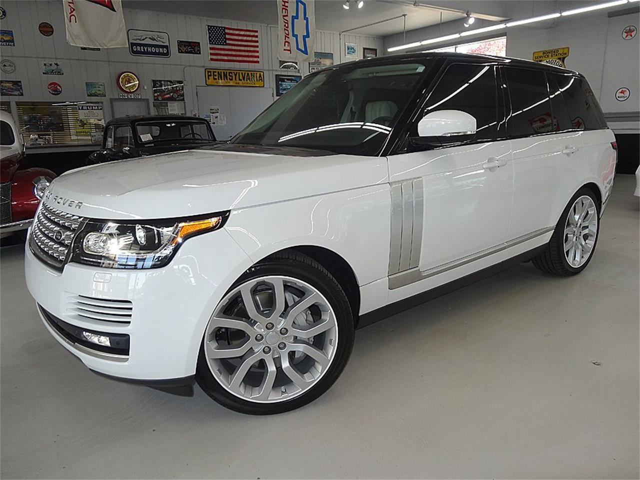 Large Picture of '14 RANGE ROVER SUPERCHARGED located in Iowa - $80,900.00 Offered by Veit's Vettes And Collector Cars - KJBX