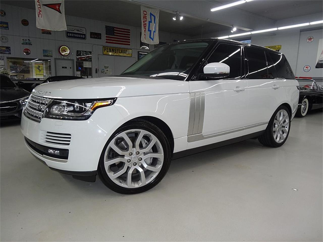 Large Picture of '14 Land Rover RANGE ROVER SUPERCHARGED located in Bettendorf Iowa - KJBX