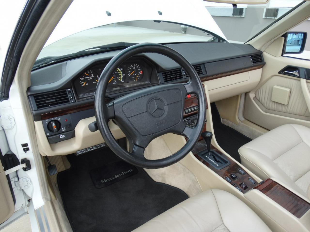 Large Picture of '94 E320 - KJW2