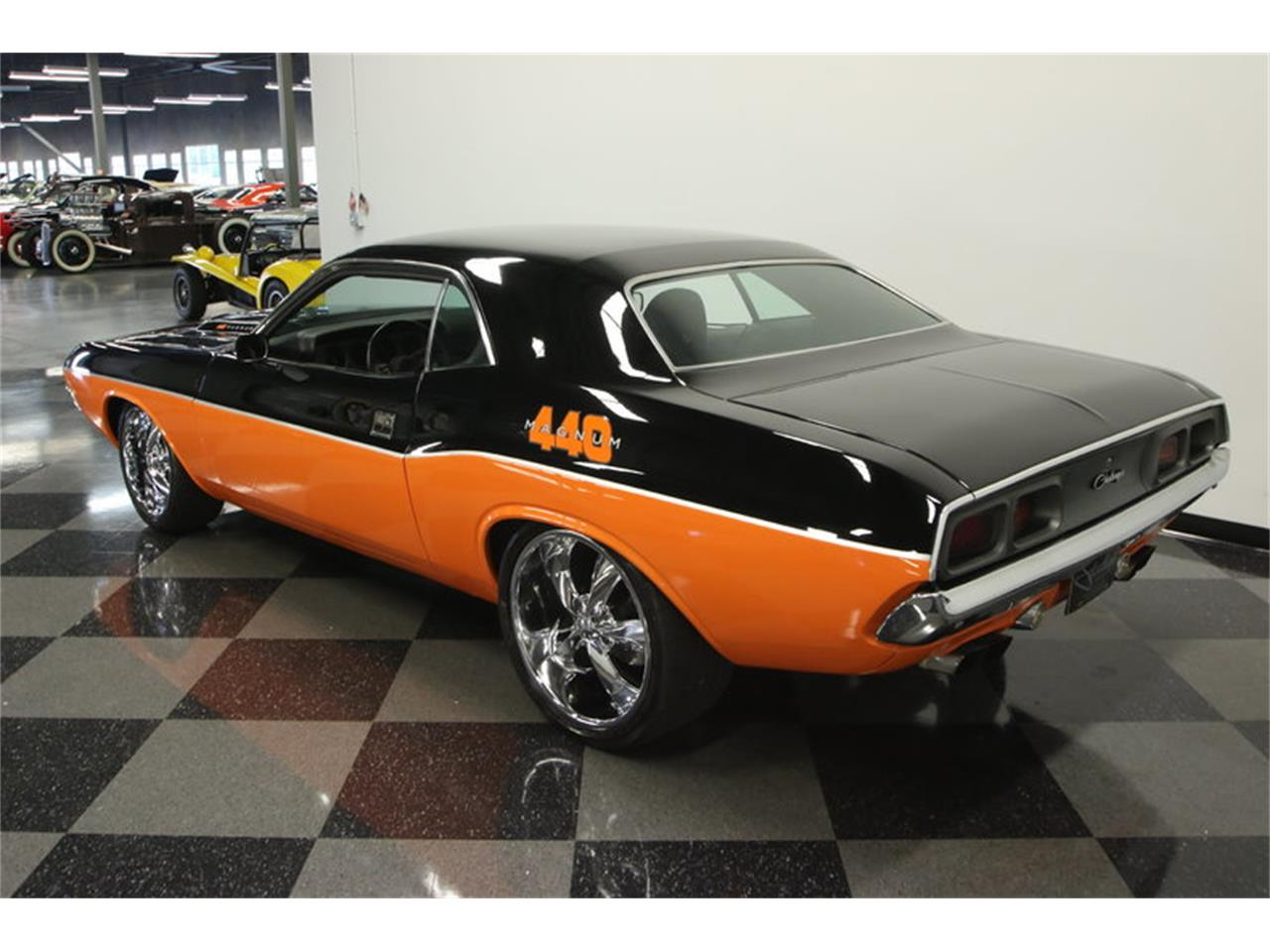 Large Picture of 1972 Dodge Challenger Offered by Streetside Classics - Tampa - KK0B