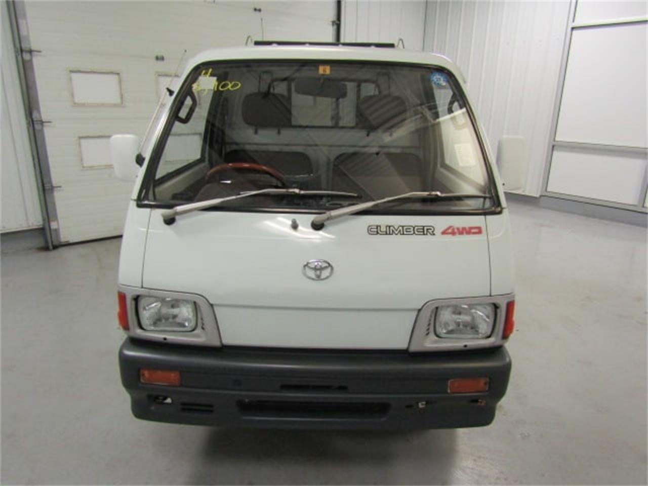 Large Picture of 1990 HiJet located in Christiansburg Virginia Offered by Duncan Imports & Classic Cars - KKBT