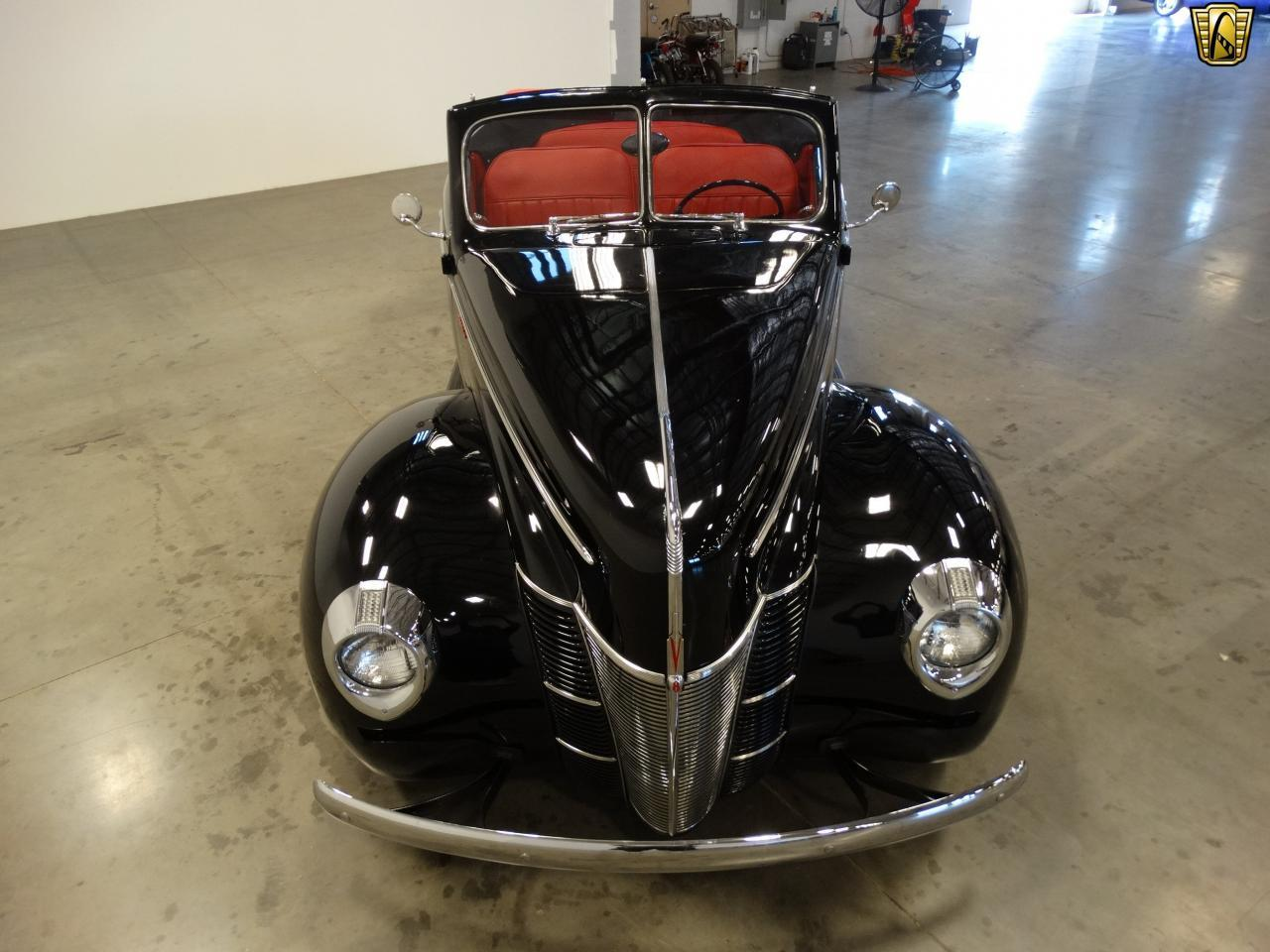 Large Picture of 1940 Ford Sedan - $58,000.00 - KDR7