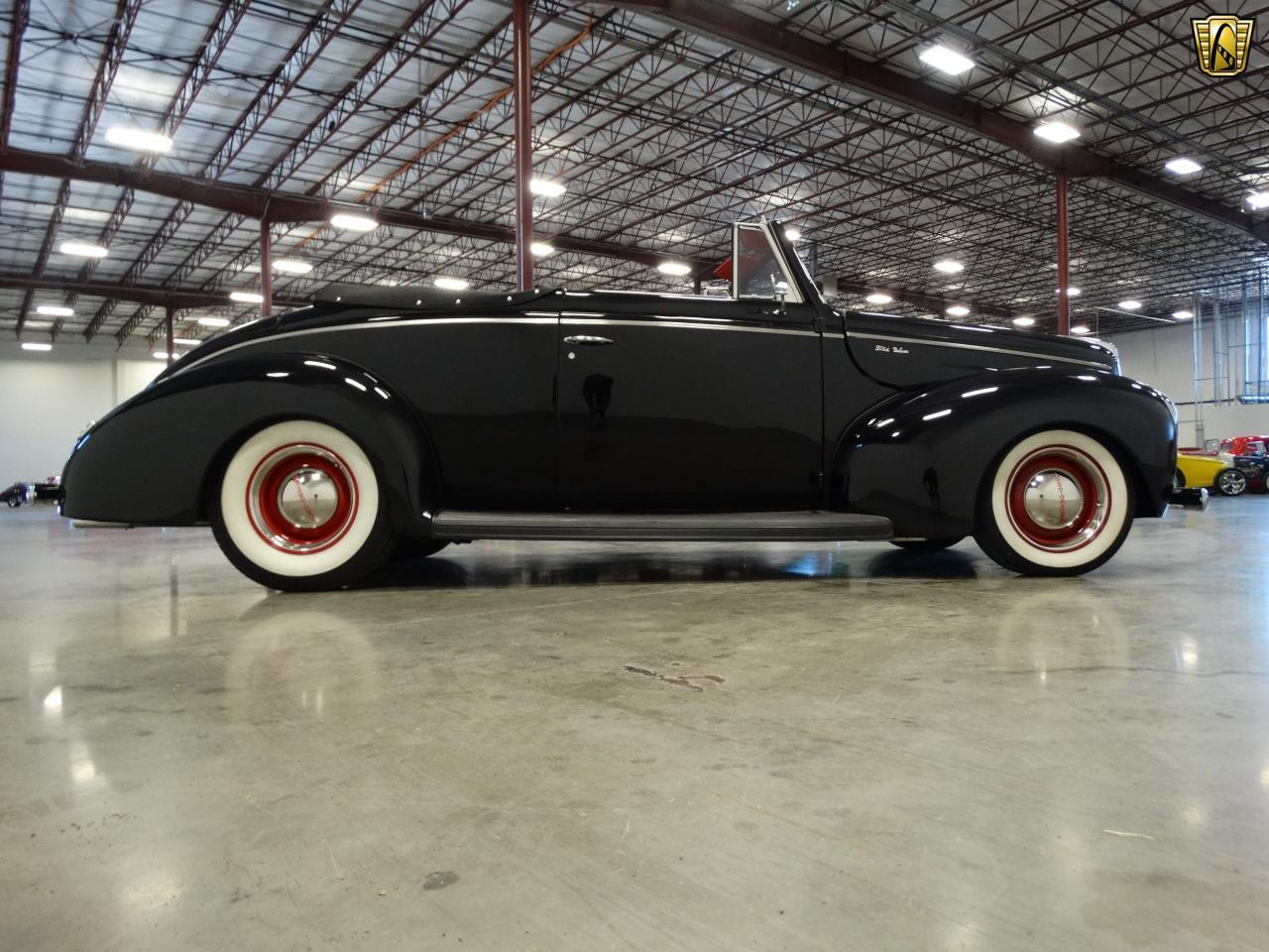 Large Picture of Classic 1940 Ford Sedan - KDR7