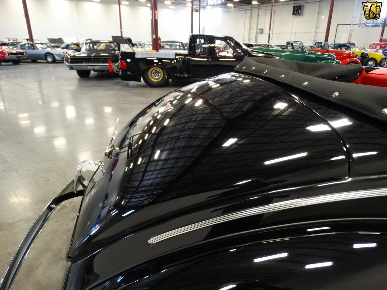 Large Picture of Classic 1940 Sedan located in La Vergne Tennessee Offered by Gateway Classic Cars - Nashville - KDR7