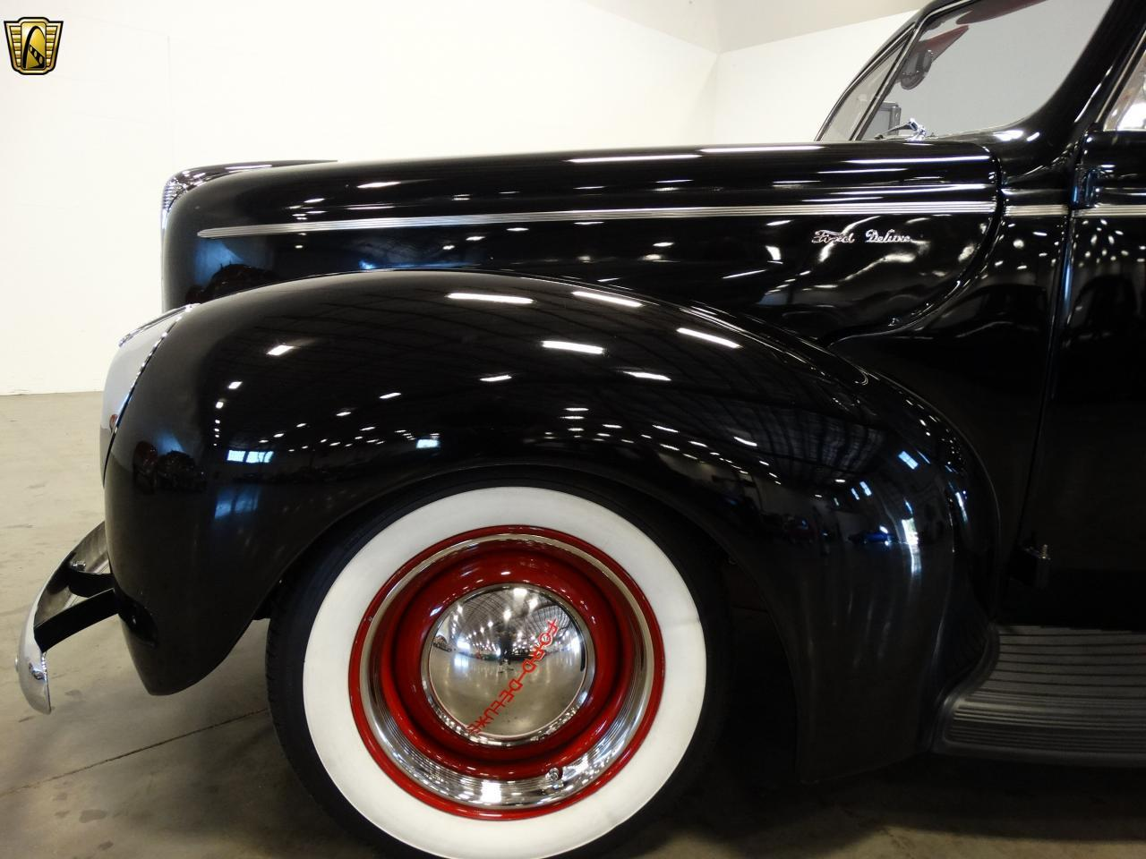 Large Picture of Classic 1940 Sedan located in La Vergne Tennessee - KDR7