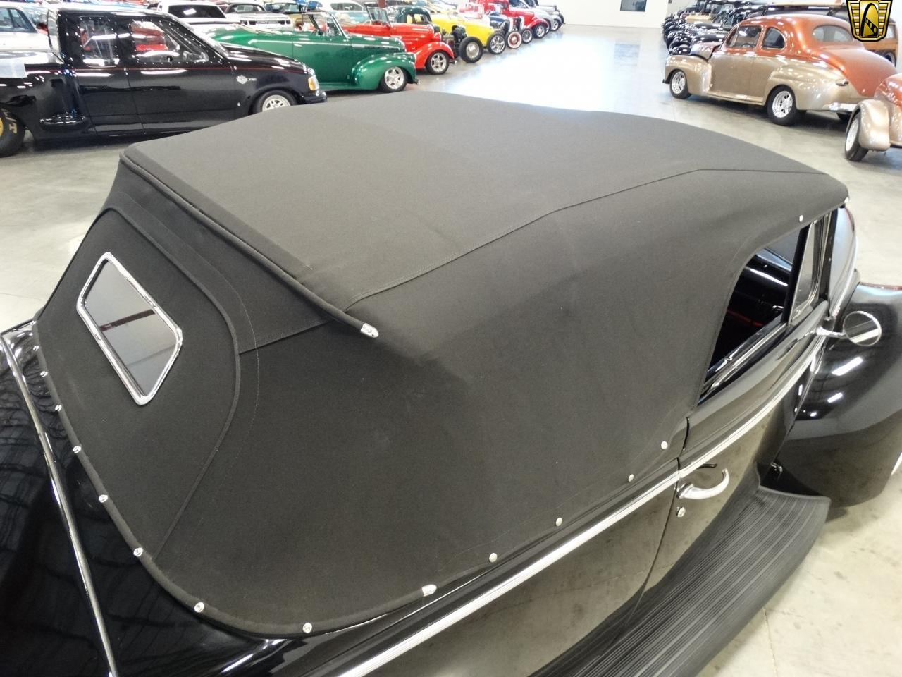 Large Picture of Classic 1940 Sedan located in Tennessee Offered by Gateway Classic Cars - Nashville - KDR7