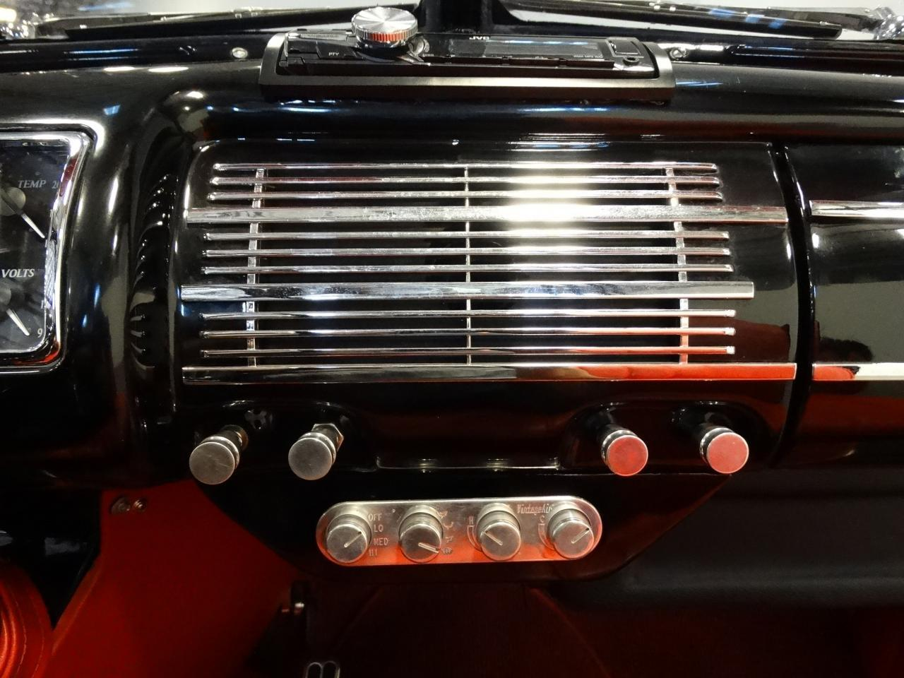 Large Picture of Classic '40 Ford Sedan - $58,000.00 - KDR7