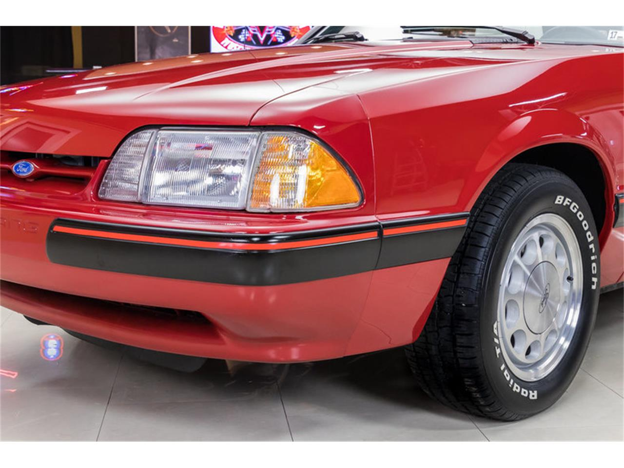 Large Picture of '88 Mustang - KKD8