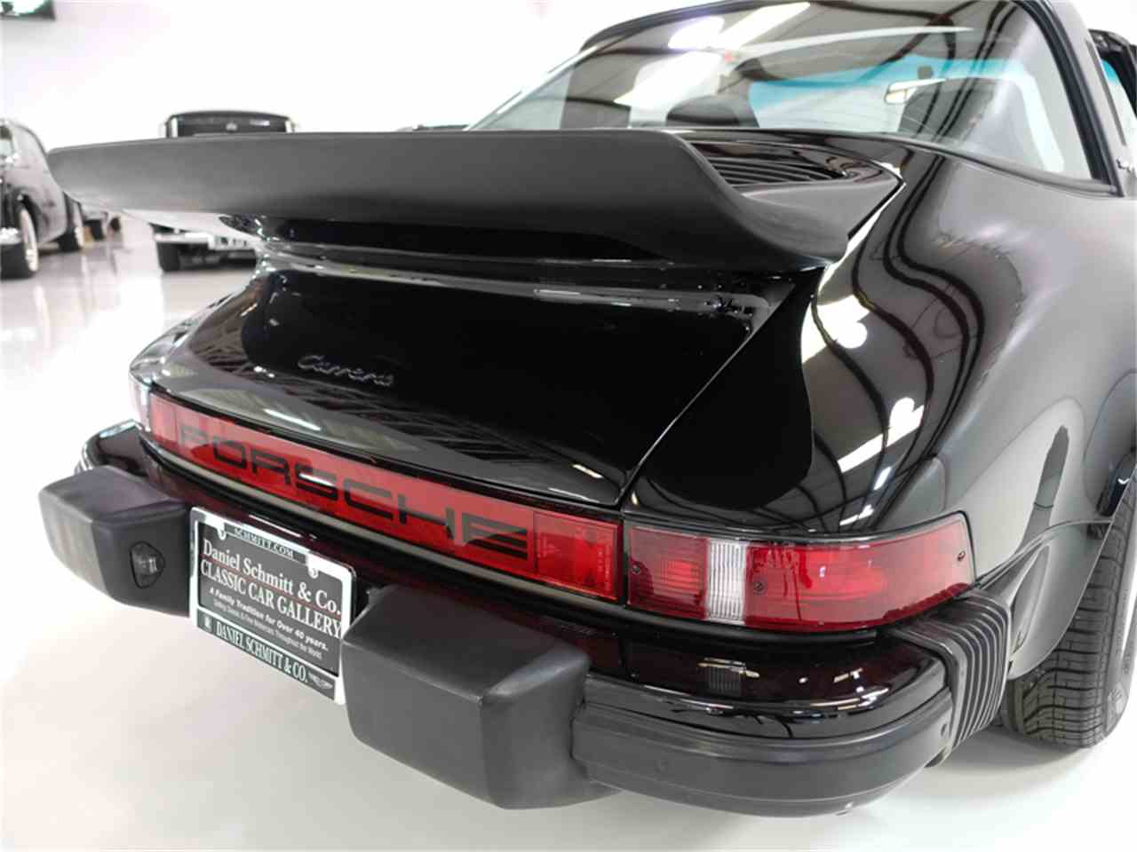 Large Picture of '75 Porsche 911 Carrera located in Missouri Offered by Daniel Schmitt & Co. - KKFN