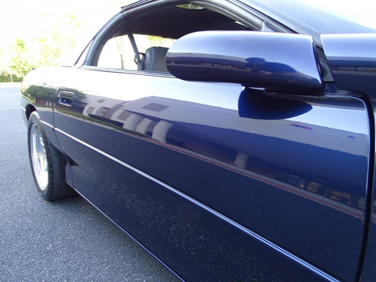Large Picture of 2002 Camaro located in O'Fallon Illinois - KDSG