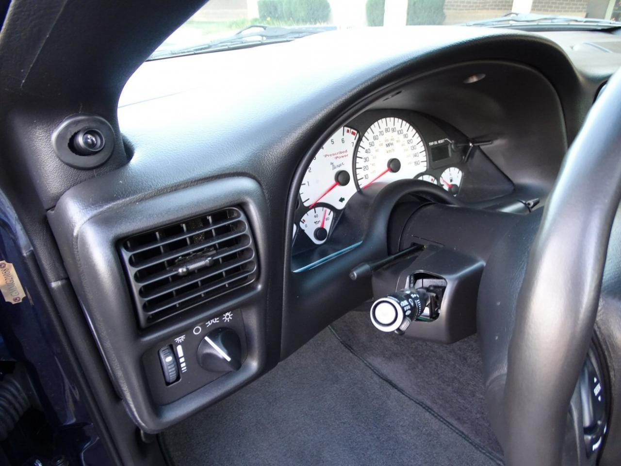 Large Picture of 2002 Camaro located in Illinois Offered by Gateway Classic Cars - St. Louis - KDSG
