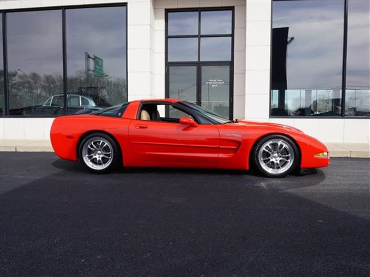 Large Picture of '98 Corvette Offered by Nelson Automotive, Ltd. - KKOM
