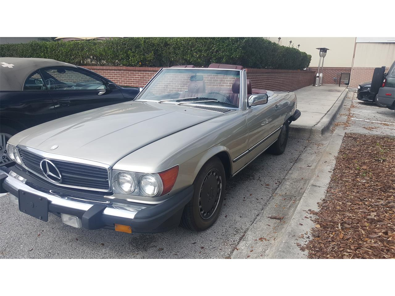 Large Picture of '86 Mercedes-Benz 560SL - $12,900.00 - KKTR