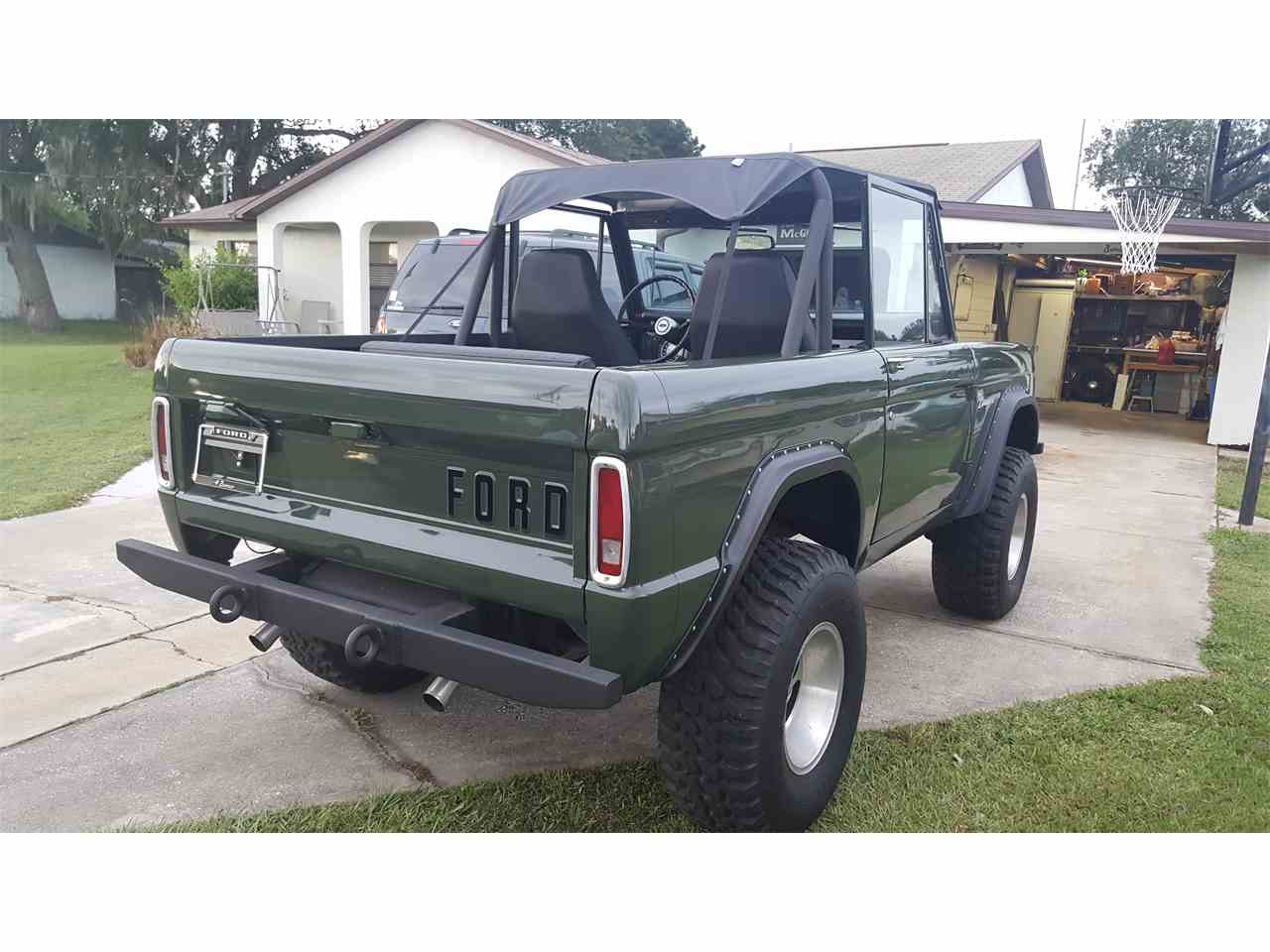 Large Picture of Classic 1969 Bronco located in Montclair New Jersey - KKTT