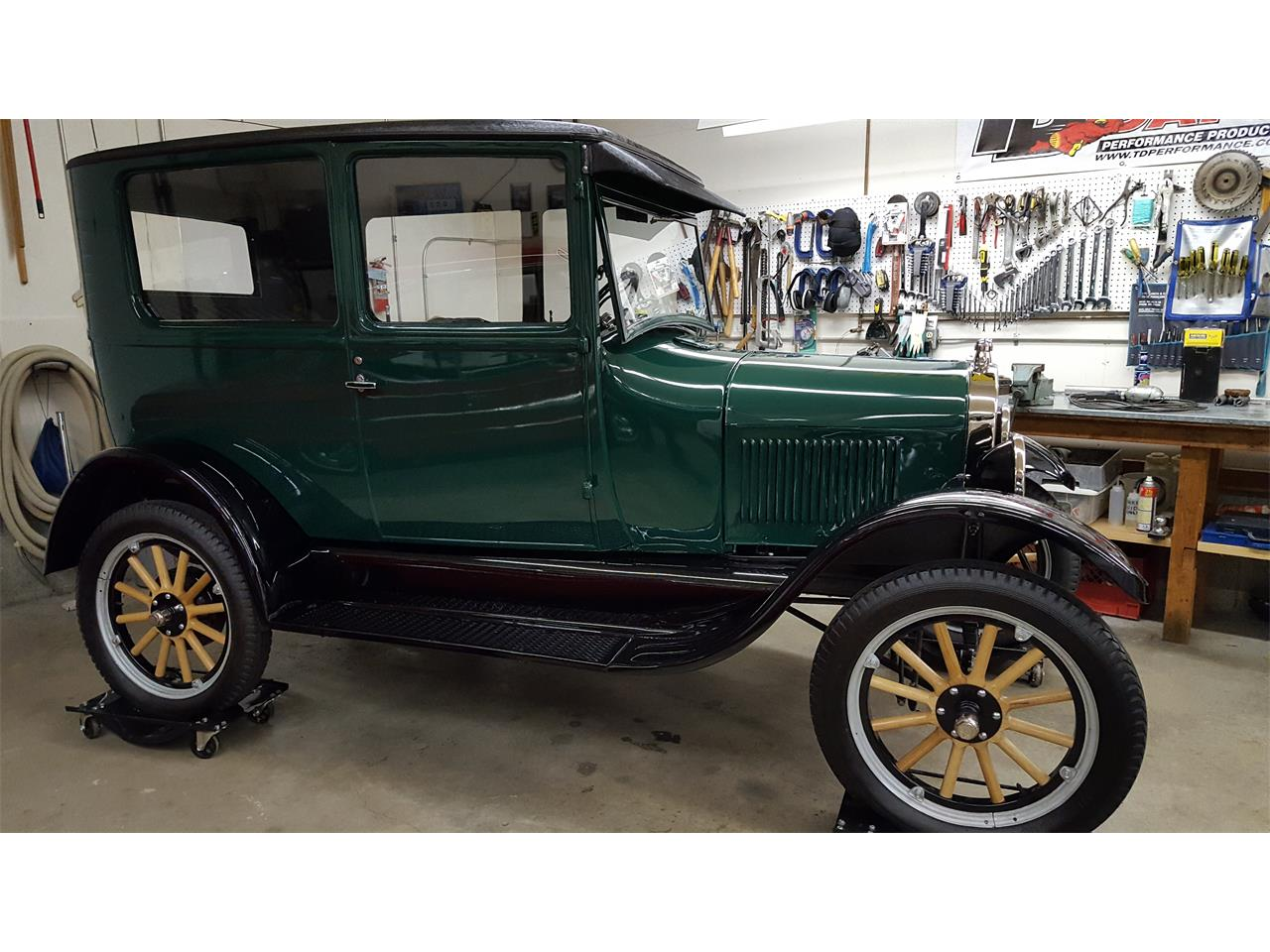 Large Picture of '26 Ford Tudor located in British Columbia - $22,500.00 - KKUL