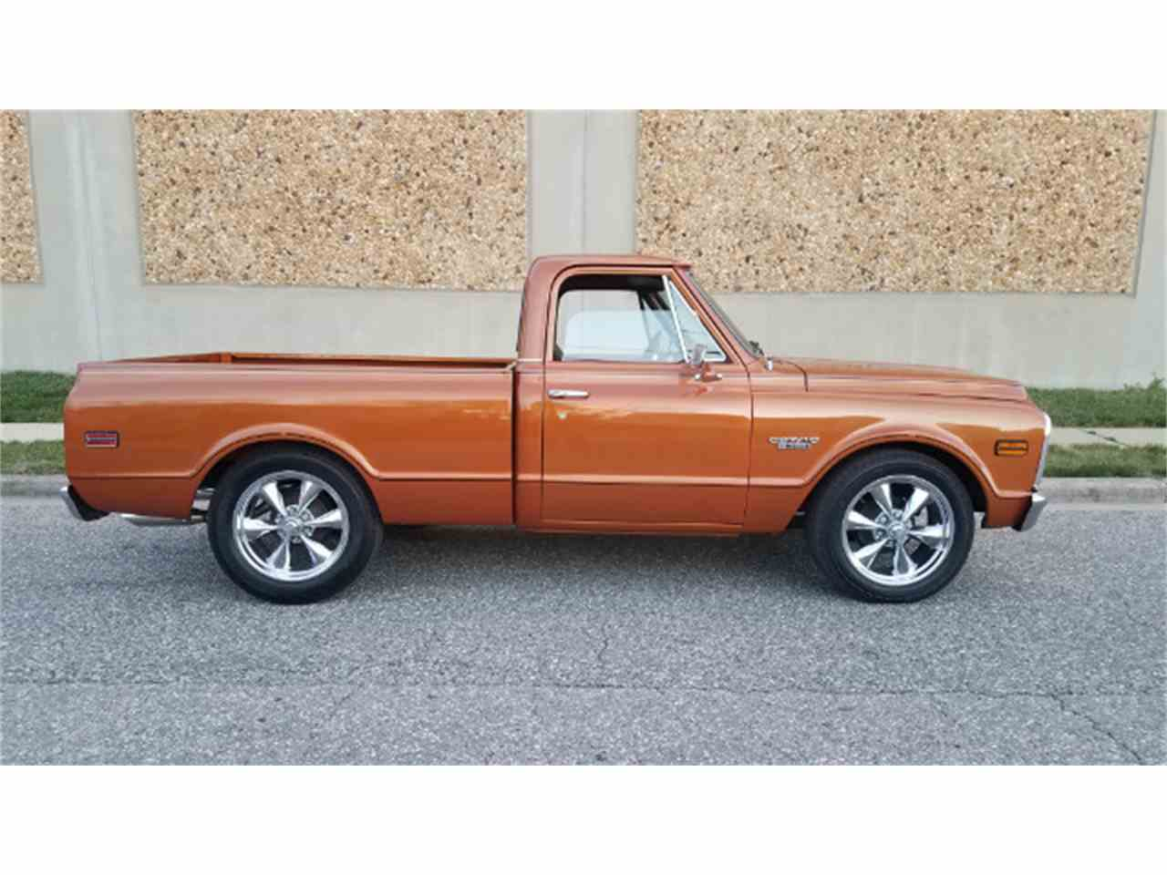 Large Picture of '69 Chevrolet C/K 10 - $27,500.00 Offered by Universal Auto Sales - KKWK