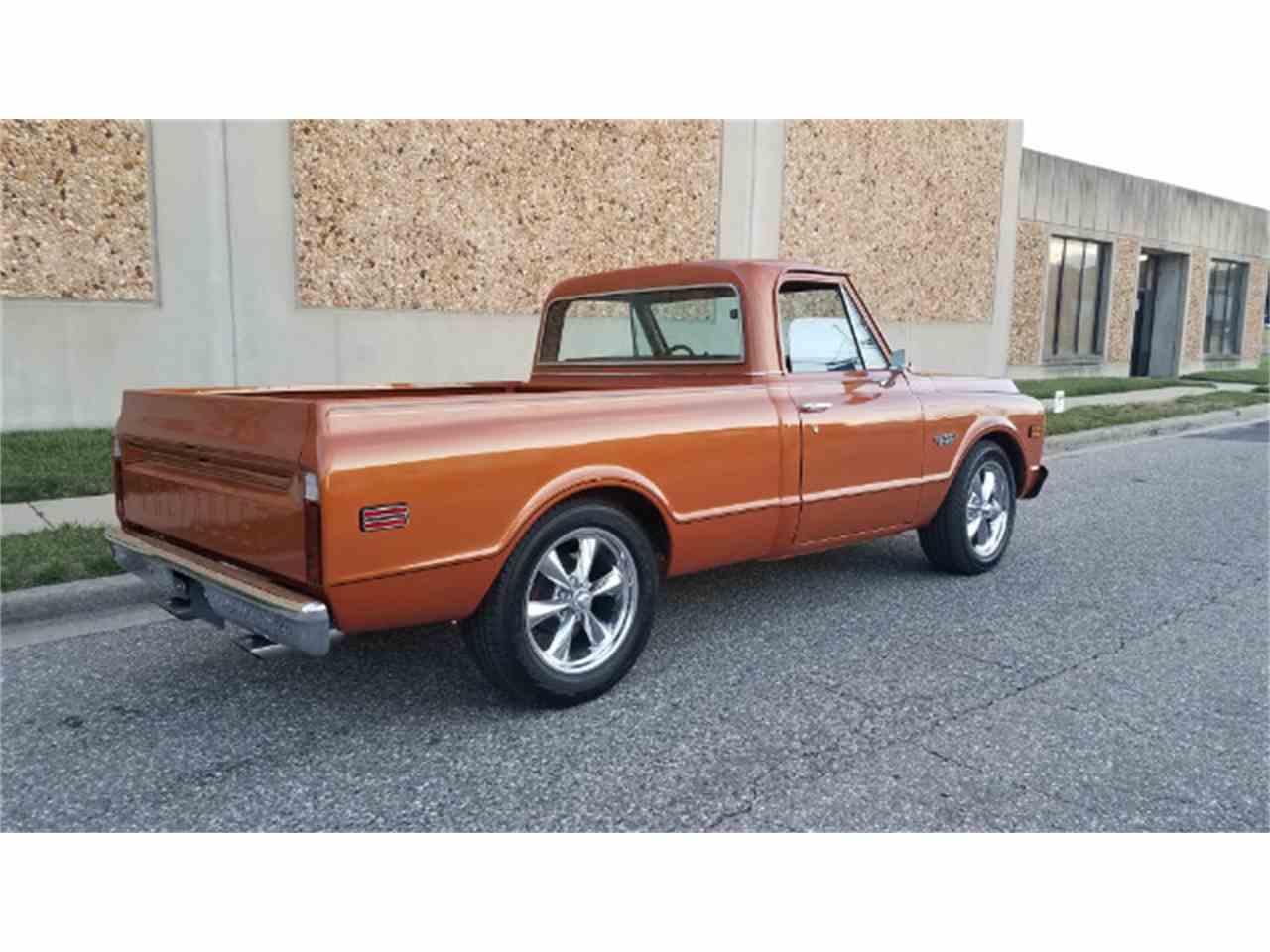 Large Picture of '69 Chevrolet C/K 10 - KKWK