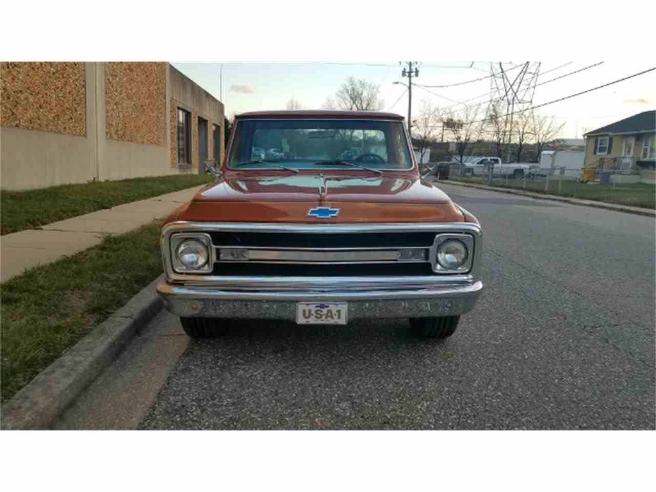 Large Picture of Classic '69 C/K 10 Offered by Universal Auto Sales - KKWK