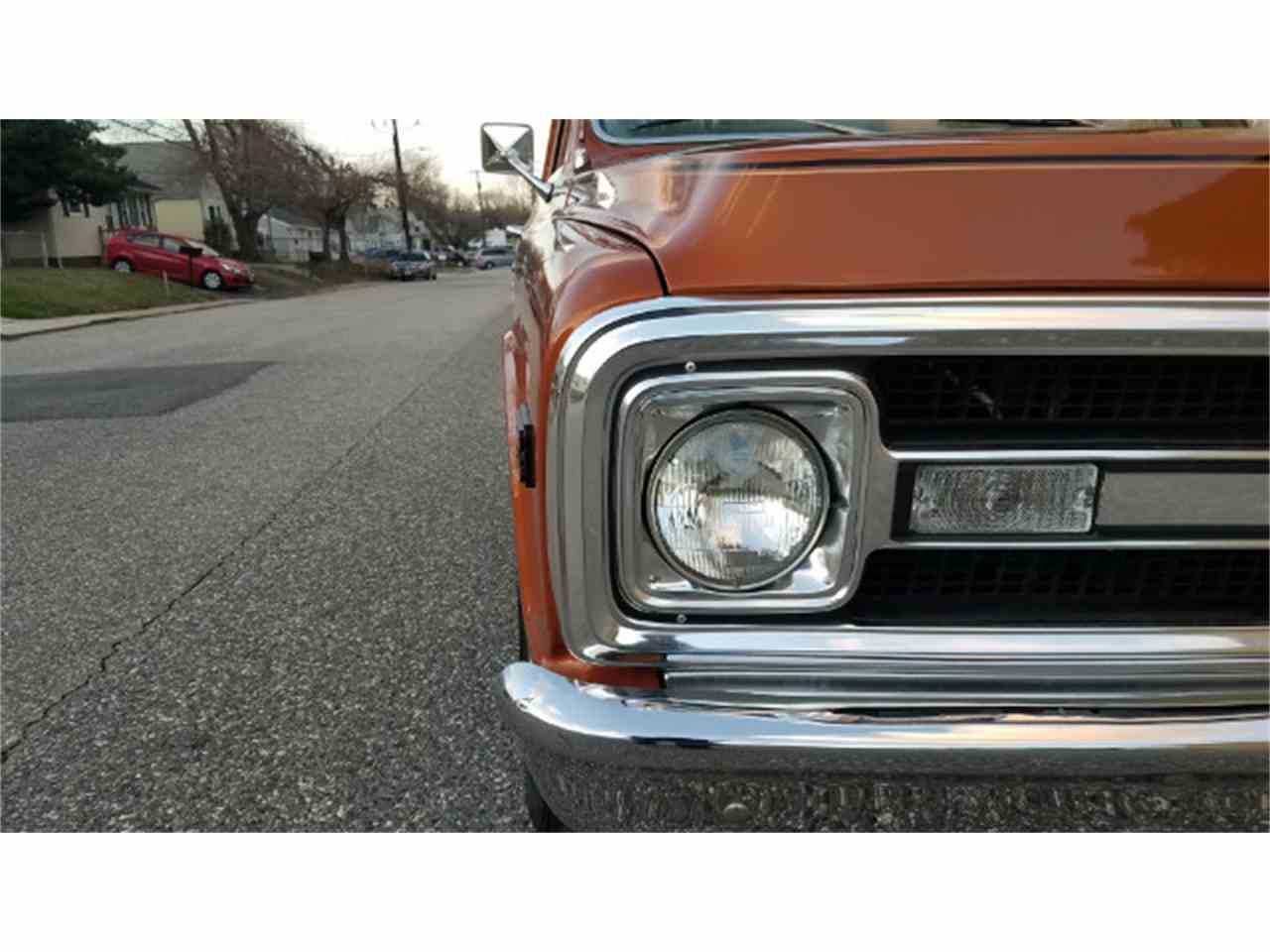 Large Picture of Classic '69 Chevrolet C/K 10 Offered by Universal Auto Sales - KKWK