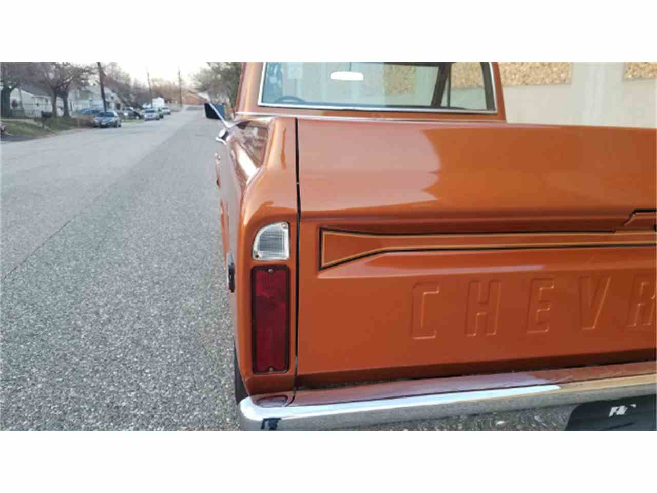 Large Picture of 1969 Chevrolet C/K 10 Offered by Universal Auto Sales - KKWK
