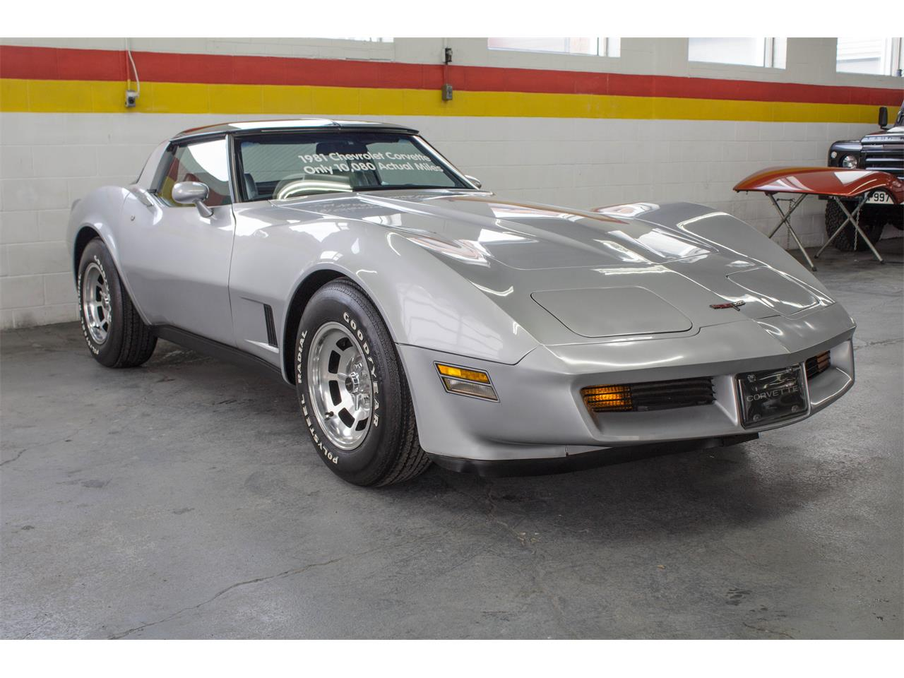 Large Picture of '81 Corvette - KKXV