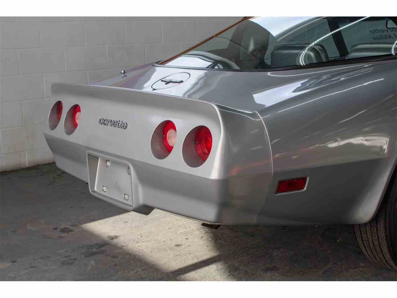 Large Picture of 1981 Chevrolet Corvette located in Montreal Quebec Offered by John Scotti Classic Cars - KKXV
