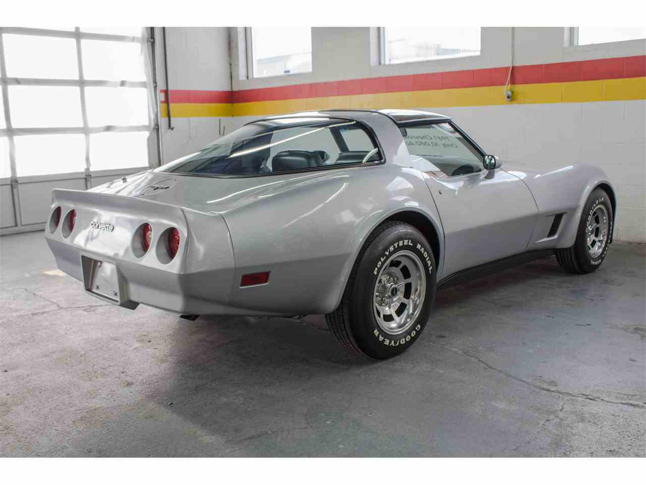 Large Picture of 1981 Corvette located in Montreal Quebec - $26,900.00 - KKXV