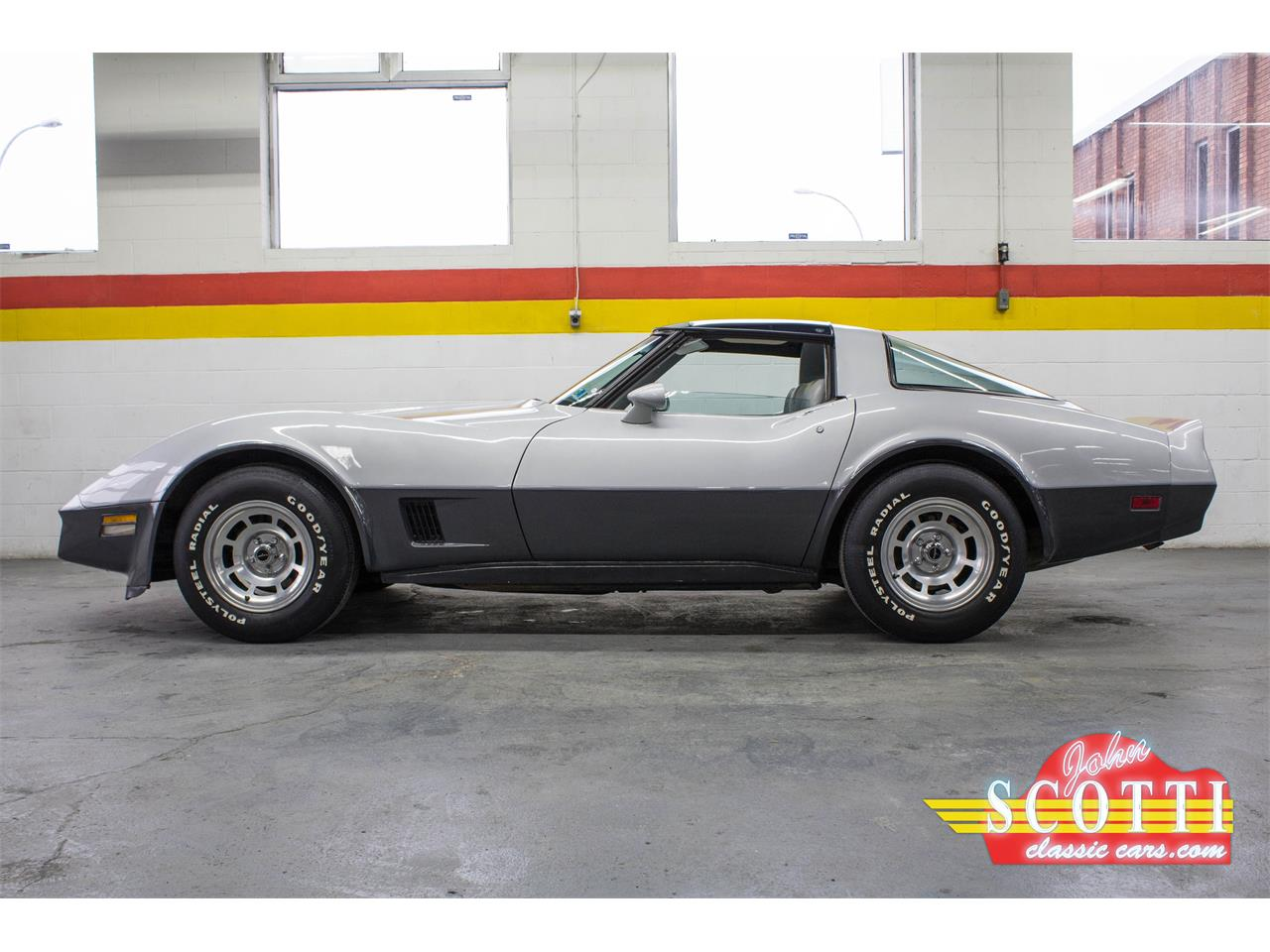 Large Picture of 1981 Chevrolet Corvette located in Quebec - $26,900.00 - KKXW